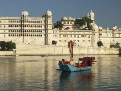 Radisson Blu Palace Resort & Spa Udaipur
