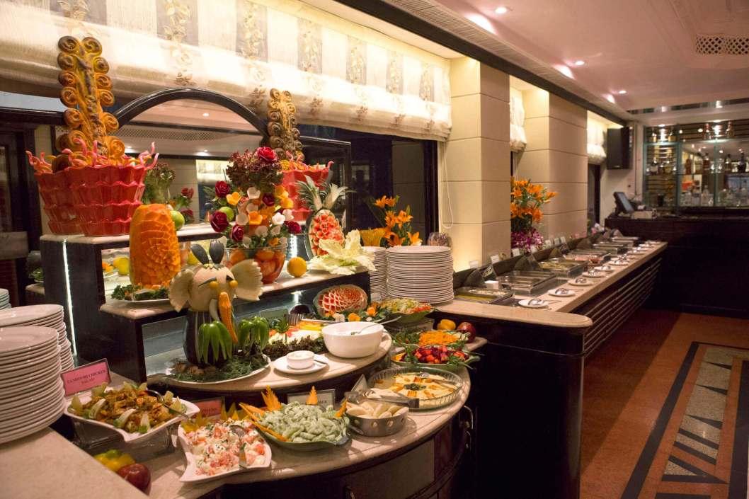 Fariyas Hotel Mumbai | Indien Deluxe - Ihr Reiseveranstalter ...